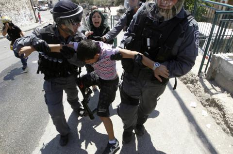 منتدى قدسدار يطلق تقريره القانوني السنوي الأول عن الإنتهاكات الإسرائلية في القدس